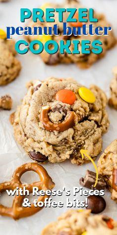 Best Peanut Butter Cookies, Peanut Butter Pretzel, Peanut Butter Chips, Baking Recipes, Cookie Recipes, Pretzel Cookies, Bar Cookies, Best Dessert Recipes, Bar Recipes