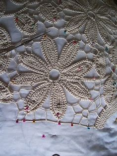 tutorials for Irish/Russian crochet. Very visual, so useful even though in Russian