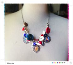 "Frida Kahlo ""Las Dos Fridas"" inspired necklace, more infos on my blog here: http://giugizu.blogspot.it/2013/09/las-dos-fridas-accessories-frida-kahlo.html"