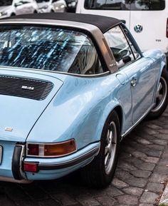 #Porsche #911 #blue