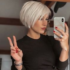 Short Thin Hair, Short Hair Styles Easy, Short Hair With Layers, Short Hair Cuts For Women, Bob Hairstyles For Fine Hair, Short Bob Haircuts, Hairstyles Haircuts, Blonde Short Hairstyles, Easy Short Hairstyles