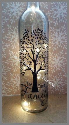 Family Tree for 4 - Wine Bottle, light block decal. Easy Weed -Read description Family Tree for 4 - Wine Bottle Vases, Wine Bottle Design, Glass Bottle Crafts, Lighted Wine Bottles, Bottle Lights, Wine Bottle Lanterns, Light Up Bottles, Perfume Bottles, Painting Glass Jars