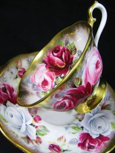 ROYAL-ALBERT-SUMMER-BOUNTY-RUBY-PINK-ROSES-TEA-CUP-AND-SAUCER
