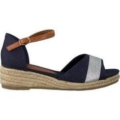 Adidas Shoes OFF! Tommy Hilfiger Sandalen Rope Wedge Sandal Blau Mädchen Tommy Hilfiger Source by ladenzeile shoes wedges Simple Sandals, High Sandals, Blue Sandals, Wedge Sandals, Shoe Wedges, Trend Fashion, Fashion Shoes, Fashion Outfits, Sneakers Outfit Men