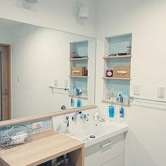 motoさんのBathroom IKEA 洗面所 ニッチ 白 タイル 水色 ブラケットライト 生活感たっぷり LIXIL洗面台に関する部屋写真 Decor, Bathroom Vanity, Home, Lixil, Vanity, Interior, House, Sink, Bathroom