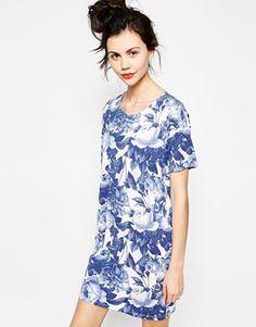 Enlarge Monki Printed T-Shirt Dress