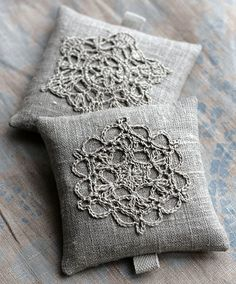 Lavender sachets crochet motif set of 2 by namolio on Etsy. Could also be a cute pillow idea. Lavender Crafts, Lavender Bags, Lavender Sachets, Lavander, Crochet Motifs, Crochet Lace, Crochet Patterns, Crochet Cushions, Pin Cushions