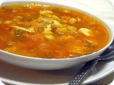 Sopa de frango, tomate e grão