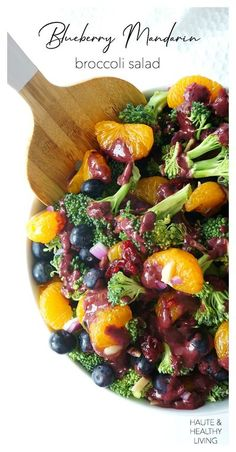 Craving a refreshing and colourful salad? This vegan and gluten-free Blueberry Mandarin Broccoli salad is bursting with flavour, colour and nutrients. With its mouthwatering blueberry balsamic vinaigrette, it makes the perfect healthy and mayo-free summer Healthy Bbq Recipes, Summer Salad Recipes, Healthy Pastas, Vegetable Recipes, Cooking Recipes, Healthy Food, Vegan Recipes, Broccoli Salad With Cranberries, Broccoli Cauliflower Salad