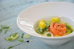 Frühlings-Kartoffelsuppe mit Lachs und Zuckerschoten