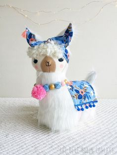 Gingercake Holiday Sewing Series: Lulu Llama The Blue Robin Cottage