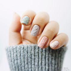 "Korean ""Sweater Nails"" - Created using Modi Nail stickers. 모디 니트네일스티커를이용한 니트네일 !!! /모디신상/모디/모디9월신상/ 모디네일 / : 네이버 블로그"