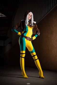 X-Men& Rogue — 2014 Best of Cosplay Collection — GeekTyrant Rogue Cosplay, Male Cosplay, Best Cosplay, Cosplay Girls, Super Hero Costumes, Cool Costumes, Costume Ideas, Yellow Gloves, Yellow Boots