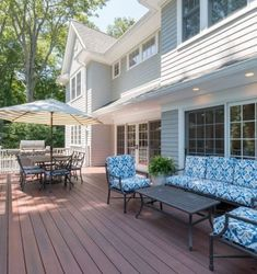 Learn why composite decking materials are the best to build a backyard deck design plan. Free deck design software, photo gallery of ideas, and building tips w Decor Color Schemes, Outdoor Decor, Deck Decorating, Deck Colors, Decking Colours Ideas, Deck Design, Deck Design Software, Free Deck Design Software, Decking Material