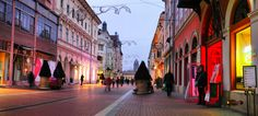 Christmas lights in Szeged, Hungary, Nikon Coolpix L310, 7.3mm, 1/1.6s, ISO80, f/3.5, -1.0ev, panorama mode: segment 2, HDR-Art photography, 201612221608
