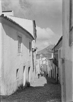 Portalegre, Portugal   Fotografia sem data. Produzida durante a actividade do Estúdio Mário Novais: 1933-1983.