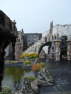 Musée Robert Tatin (Mayenne) -Jardin et étang