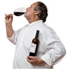 Michelin chef Manuel de la Osa geniet van de wijn Parra By the Grape http://www.bythegrape.nl/shop/wijn/meer-dan-wijn/parra-by-the-grape