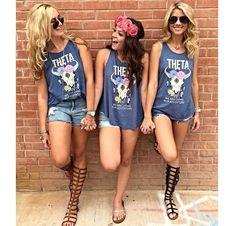 Greek Clothing & Apparel - Sorority and Fraternity Gear & Merchandise Sorority Poses, Sorority Bid Day, Kappa Alpha Theta, Sorority Recruitment, Sorority Gifts, Sorority And Fraternity, Pic Pose, Picture Poses, Tri Delta