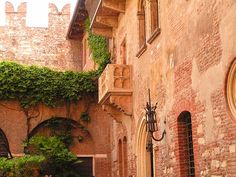 Verona, Italia. Uno de los lugares mas romanticos del mundo, con detalles antiguos que son inolvidables.