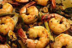 Drunken Shrimp-MARINADE: soy sauce + garlic + jalapeños + cilantro + lime juice + oil + sugar + lemongrass + 10 minutes.