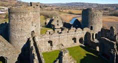 Inner ward, Kidwelly Castle, Wales Welsh Castles, Castles In Wales, Palaces, Mount Rushmore, Around The Worlds, Mountains, History, Architecture, Amazing