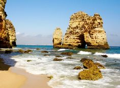 The beaches of Lagos Portugal. Click for full article about teaching abroad.