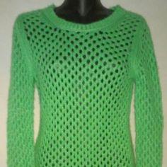 Arizona Jeans Co. Green Loose Knit Sweater Says Medium Runs Small. Good condition #200 Arizona Jean Company Sweaters