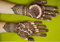 Are you looking for some fascinating design for mehndi? Or need a tutorial to become a perfect mehndi artist? Mehendi, Rajasthani Mehndi, Pakistani Mehndi Designs, Unique Mehndi Designs, Beautiful Henna Designs, Bridal Mehndi Designs, Mehndi Designs For Hands, Bridal Henna, Mehandi Designs