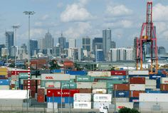 A group of global investorsincluding QIC Ltd. agreed to pay A$9.7 billion ($7.3 billion) to run Australia's busiest maritime hub for 50 years, betting on steady income from the port's daily stream of containers and new cars. QIC teamed up with Australia'ssovereign wealth fund the Future Fund, G...