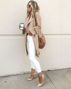 Casual Fall outfit for Nude Outfits, Casual Fall Outfits, Spring Outfits, Trendy Outfits, Fashion Outfits, Fashion Trends, Autumn Casual, Colored Jeans Outfits, White Blazer Outfits