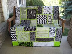 Black, white and lime quilt  Pattern from Black Cat Creations, called Big Block Quilt