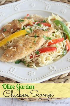 Copycat Olive Garden Chicken Scampi - A wonderful , easy pasta dish that tastes so much like one of Olive Garden& long-time dishes. Pasta Recipes, Cooking Recipes, Healthy Recipes, Sweets Recipes, Healthy Meals, Desserts, Recipe Collector, Olive Garden Recipes, Easy Pasta Dishes