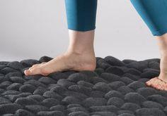 #DIY Stone carpet via Yanko