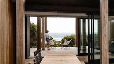 Inside Whiting Architects' Dunes house – a Mornington Peninsula beach house to suit up to 14 family members and all weather conditions! Walter Gropius, Australian Architecture, Australian Homes, Australian Beach, Serene Bathroom, Minimal Living, Concrete Houses, Architecture Awards, Most Beautiful Gardens
