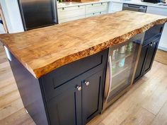 Live edge Maple kitchen island top we did for a client. Our kiln dried and flattened live edge slabs are great for adding an organic element to your residential or commercial space. You can buy slabs Kitchen Without Island, Wood Kitchen Island, Maple Kitchen, Old Kitchen, Kitchen Living, Kitchen Decor, Kitchen Islands, Kitchen Island Top Ideas, Bathroom Island