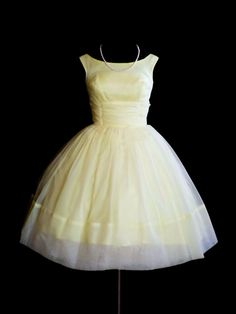 Vintage 1950's 50's Yellow Lemon Chiffon Party by PursonalBaggage2, $172.00.  I LOVE THIS!