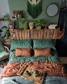 Bohemian Bedroom And Bedding Design – Dream Bedroom – Bedroom Ideas Dream Rooms, Dream Bedroom, Home Bedroom, Modern Bedroom, Bedroom Green, Trendy Bedroom, Gypsy Bedroom, Winter Bedroom, Garden Bedroom