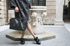 Your perfect Henry Beguelin style with your Louise bag and your Pantofola S. Barbara shoes!