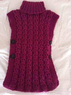 Side Buttoned Poncho and Girl Models – Knitting And We Poncho Knitting Patterns, Baby Hats Knitting, Knitted Poncho, Knitting Stitches, Knitting Designs, Shawl Patterns, Knitting Machine, Cross Stitches, Knitting Needles