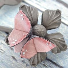 Mother's Day Hair Clip Silk Origami Femanine by SewSmashing, $24.00-Hard to believe this is a hair clip! So realistic!