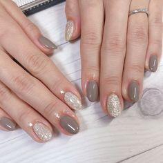 Make an original manicure for Valentine's Day - My Nails New Nail Colors, Nail Polish Colors, Fabulous Nails, Perfect Nails, Stylish Nails, Trendy Nails, Rounded Acrylic Nails, Acryl Nails, Nail Tattoo