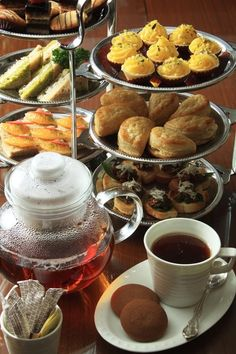 High Tea at WelcomHotel Sheraton New Delhi.