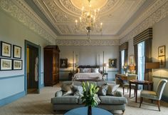Duke Of York Master Suite in the renovated Royal Crescent Hotel & Spa in Bath Luxury Spa Hotels, Top Hotels, Luxury Travel, Hotel Suites, Hotel Spa, Romantic Bath, Traditional Decor, Home Look, Vintage