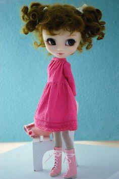 Pullip with pink dress by Miema-Dollhouse.deviantart.com on @DeviantArt