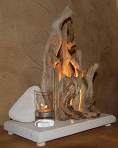 Les bois flotté de bernard -  - Vos créations en bois flotté Driftwood Centerpiece, Driftwood Wreath, Driftwood Lamp, Driftwood Projects, Driftwood Sculpture, Modern Lighting Design, Branch Decor, Rustic Lamps, Petrified Wood