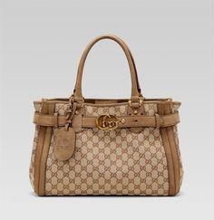 I <3 purses!