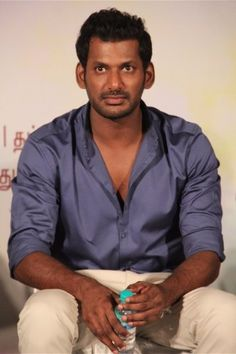 Vishal Galleries  <>http://www.cinebilla.com/kollywood/photo-gallery/actor/vishal.html