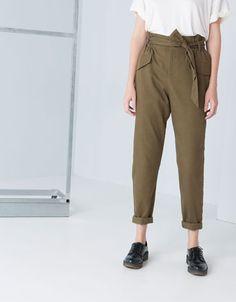 Bershka España - Pantalón Bershka tiro alto nudo cintura
