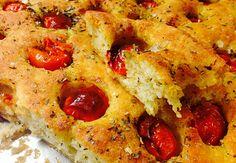 Focaccia con i pomodorini | Food Loft - Il sito web ufficiale di Simone Rugiati